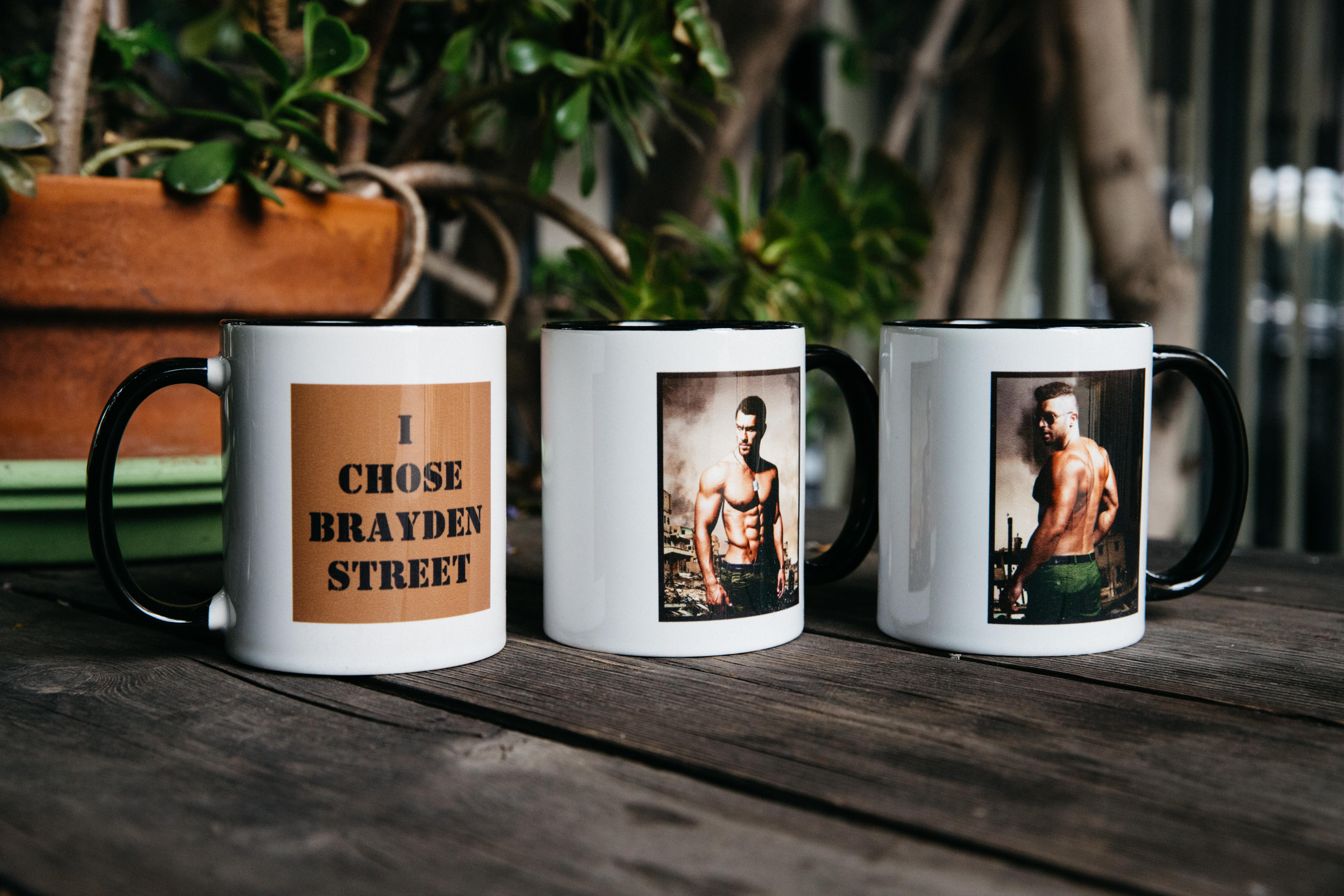 mugs Hero Brayden text